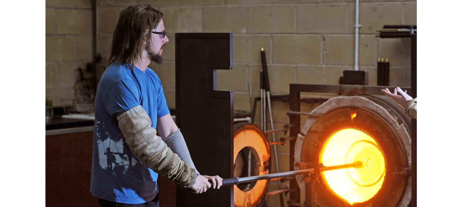 Devereux in the hot shop