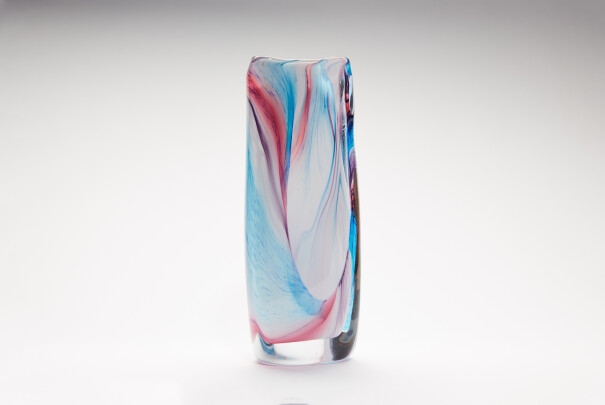 Large Pastel Georgia Triangular Vase Image