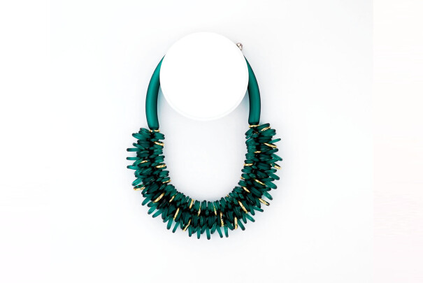 Hoops Necklace in Emerald Image