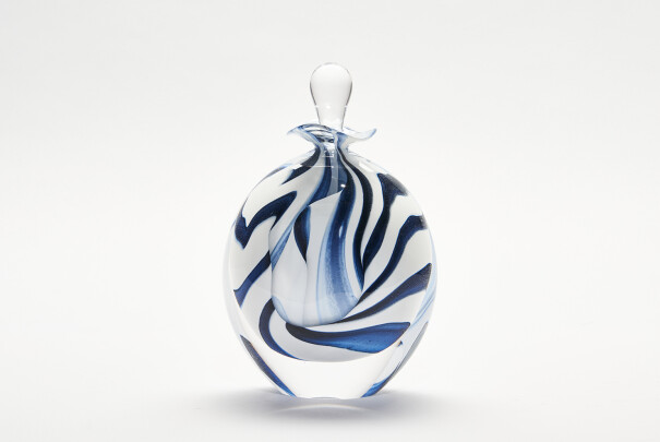 Black/White Spirale Stoneform Perfume Bottle Image