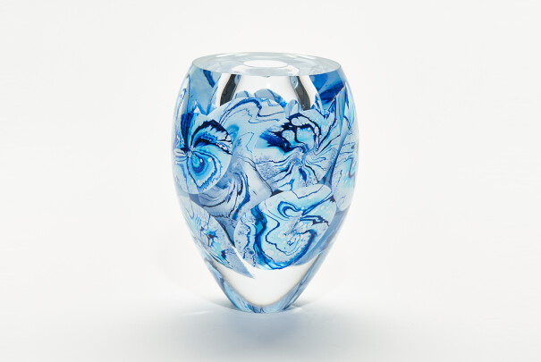 Lot 104 - Winter Medusa Bowl Large, Peter Layton, Reserve Price £1,350 Image