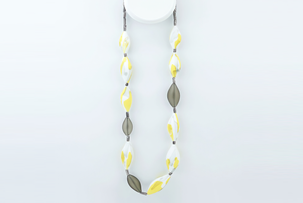 Camouflage Necklace - Yellow & Grey Image